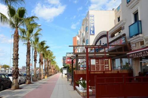 Playamarina II Aparthotel Cabo Roig - фото 23