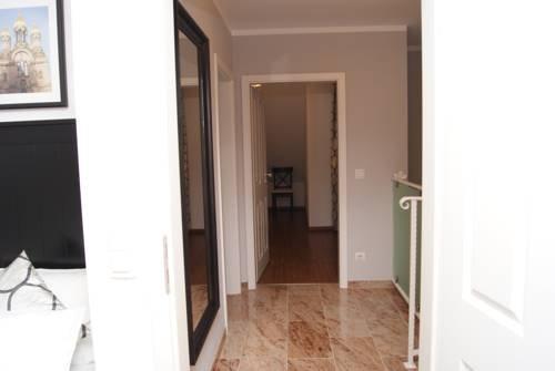 Merkel Villa Apartamente - фото 16