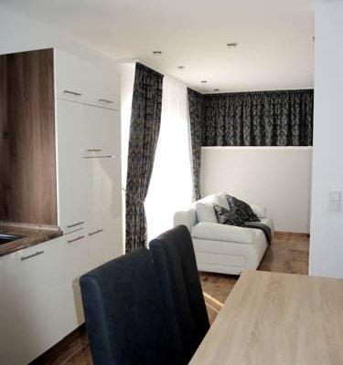 Merkel Villa Apartamente - фото 3