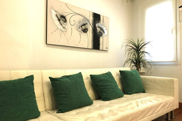 Center Luxury Apartment - фото 3