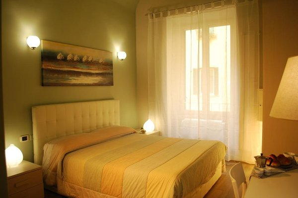 Parthenope Suite Rooms - фото 1