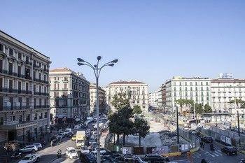 Napoli Garibaldi Square - фото 23