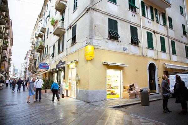 Apartments and Suites 5 Terre La Spezia - фото 2