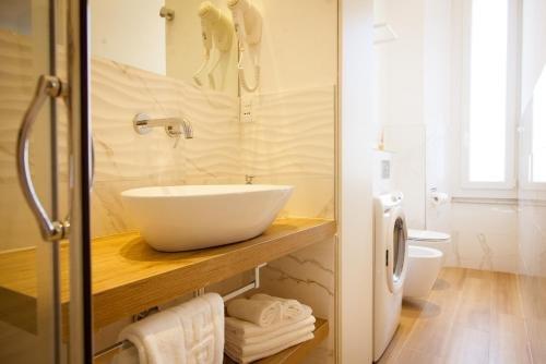 Apartments and Suites 5 Terre La Spezia - фото 22