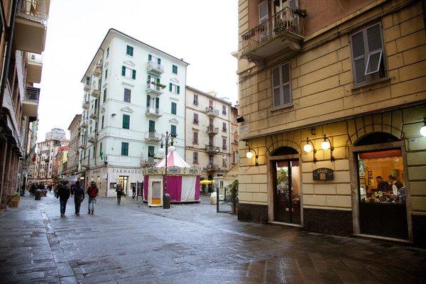 Apartments and Suites 5 Terre La Spezia - фото 3