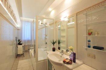 Medardo Rosso Apartment - фото 15