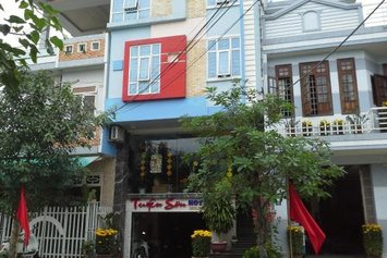 Tuyen Son Hotel