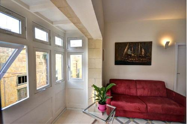 Valletta Central Apartment - фото 7