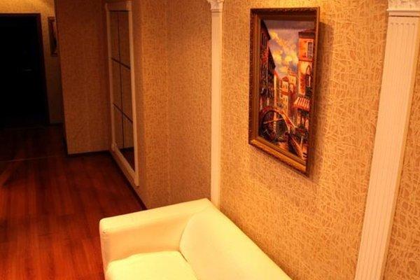 Apartment na Manezhnom - фото 11