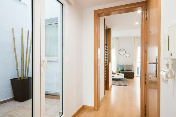 Sitges Group Centre Apartment - фото 13