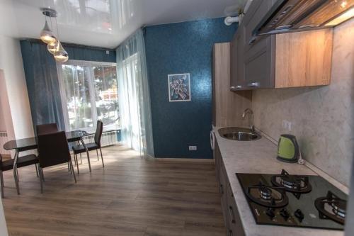 Lermontovsky Bulvar Apartments - фото 11