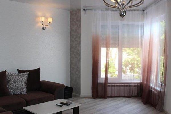 Lermontovsky Bulvar Apartments - фото 12