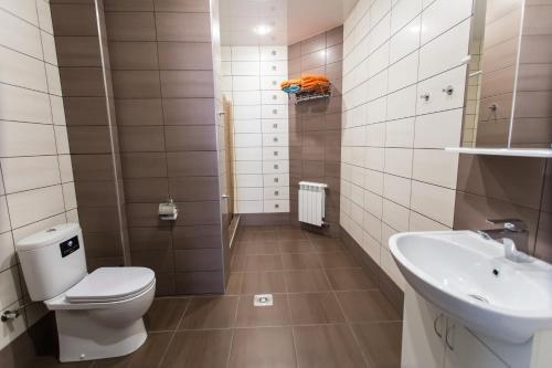 Lermontovsky Bulvar Apartments - фото 8