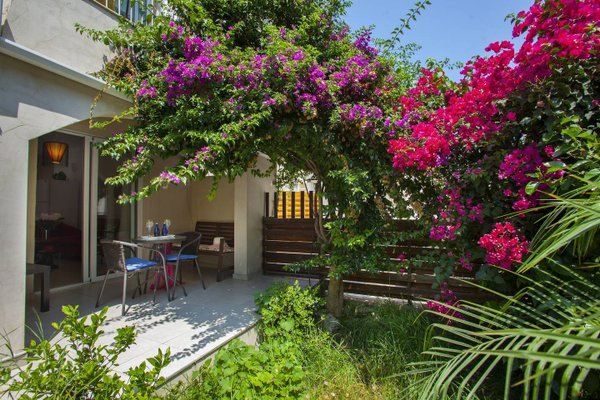 Olympus Garden Suite 11 - фото 17