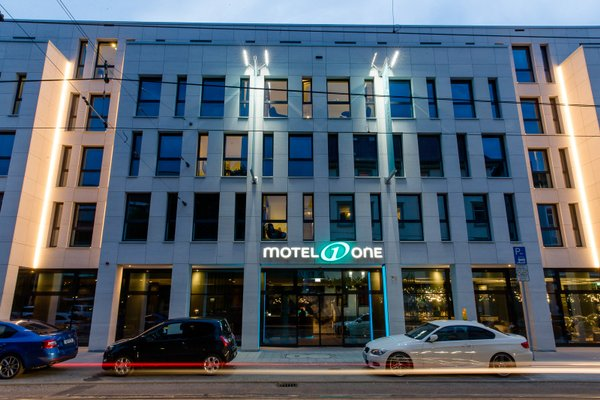 Motel One Stuttgart-Bad Cannstatt - фото 23