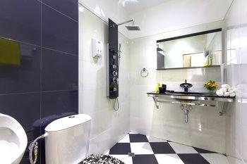Penthouse Suites Apartments - фото 9