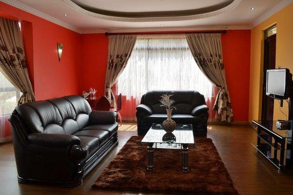 Fahari Palace Serviced Apartments - фото 6