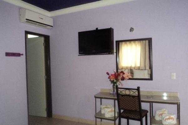 Hotel Plaza Bandera - фото 10