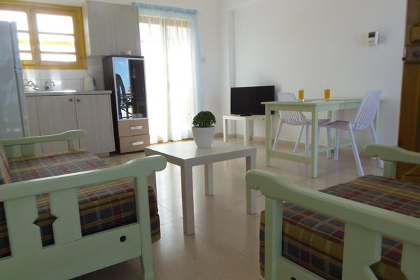 Marelia Apartments - фото 16
