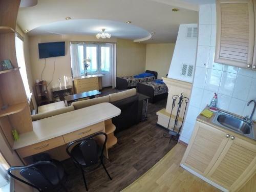 Apartment Naberezhnaya 20 - фото 2