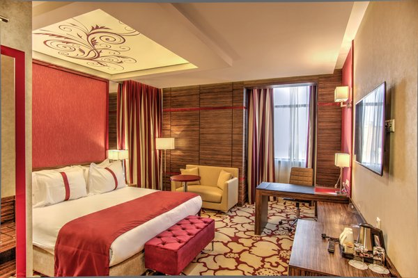 Гостиница «Holiday Inn Plovdiv», Пловдив