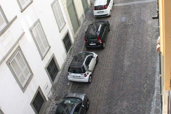 Apartment Accademia Carrara 2 - фото 8