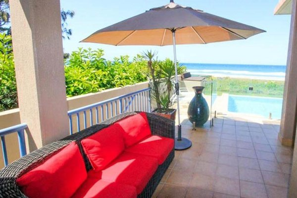 Absolute Beachfront Family Holiday Home - фото 25