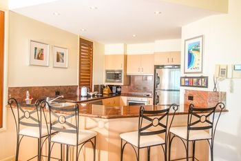 Absolute Beachfront Family Holiday Home - фото 15