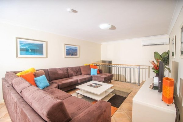 Absolute Beachfront Family Holiday Home - фото 2
