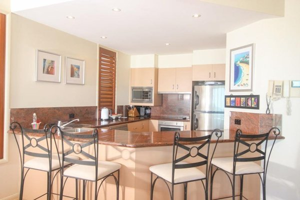 Absolute Beachfront Family Holiday Home - фото 6