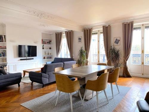 Marvellous Sunbathed 3BR at the heart of Paris - фото 34