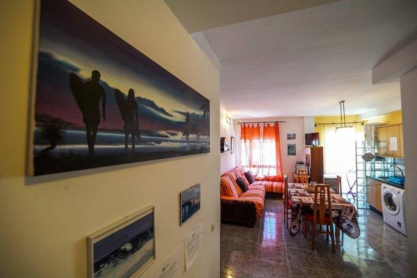 Lorenzo's Bed & Surf Apartment - фото 16