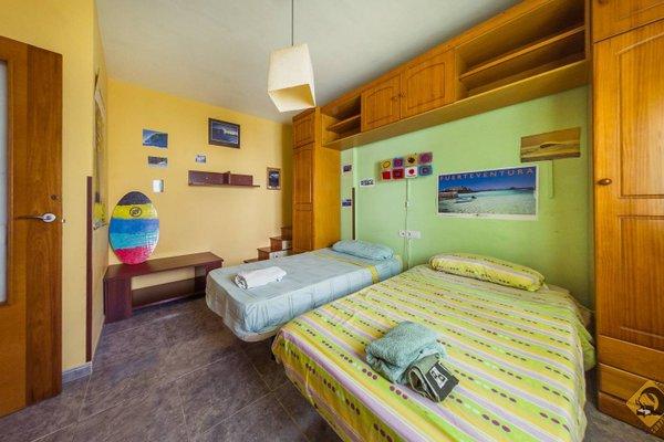 Lorenzo's Bed & Surf Apartment - фото 4