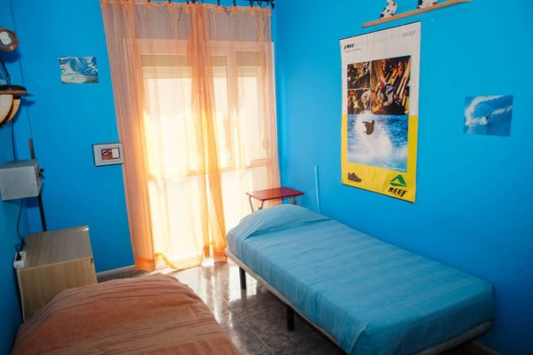 Lorenzo's Bed & Surf Apartment - фото 8