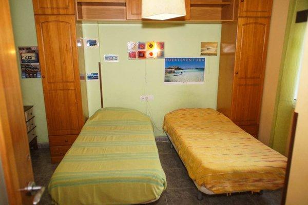 Lorenzo's Bed & Surf Apartment - фото 9