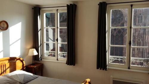 Apartement Place De La Cathedrale - фото 2