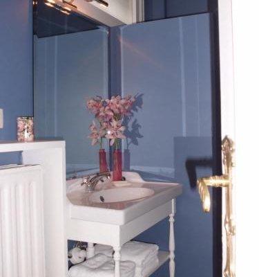 Apartments Suites in Antwerp - фото 10