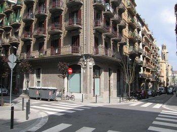 Tapioles Apartments - фото 23