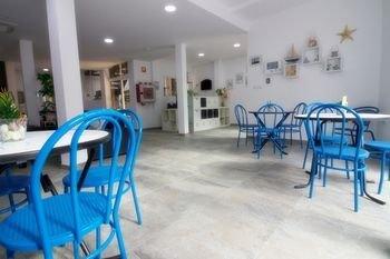 Hostal El Mercat - фото 6