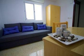 Hostal El Mercat - фото 9