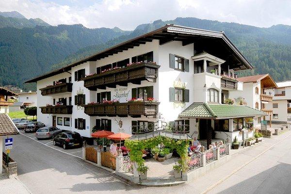 Hotel Jagerhof und Jagdhaus - фото 23