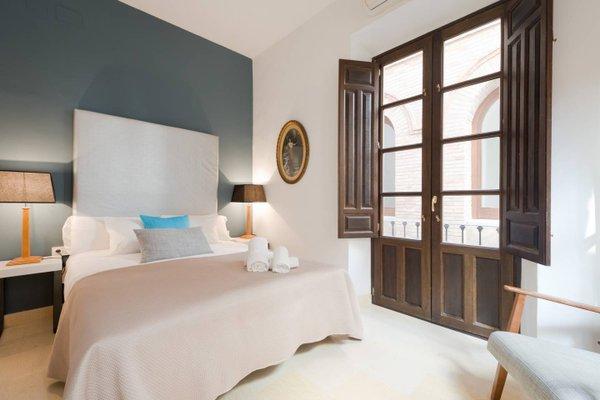 Apartamentos La Alcaiceria - фото 2