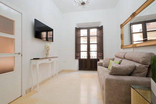 Apartamentos La Alcaiceria - фото 20