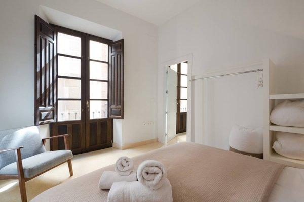 Apartamentos La Alcaiceria - фото 3