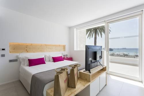 One Ibiza Suites - фото 1