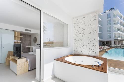 One Ibiza Suites - фото 11