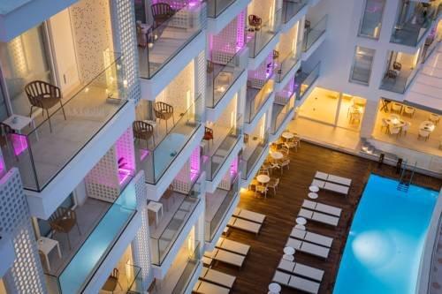 One Ibiza Suites - фото 16