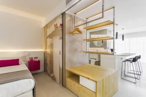 One Ibiza Suites - фото 4