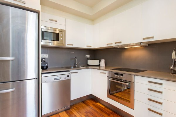 3 Bedroom Apartment in Sants - фото 15