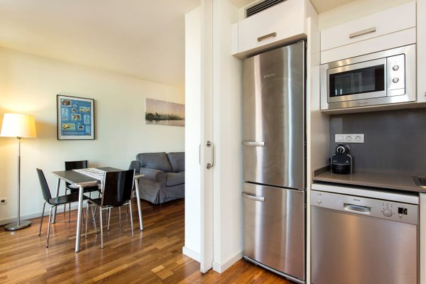 3 Bedroom Apartment in Sants - фото 18